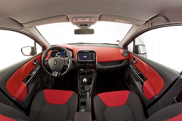 renault car leasing in france and uk europe travel. Black Bedroom Furniture Sets. Home Design Ideas